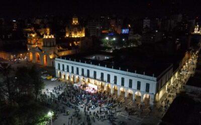 La Noche de las Peatonales movilizó a 55 mil personas por el Centro de la ciudad de Córdoba